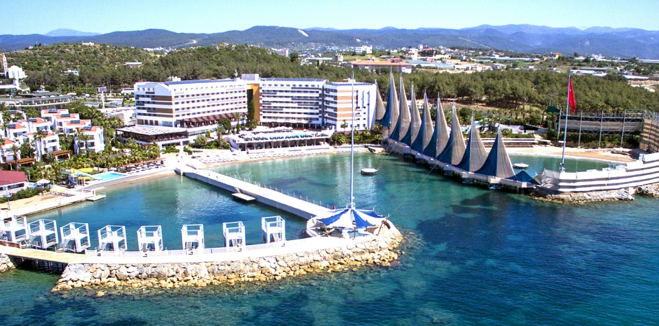 ADIN BEACH RESORT