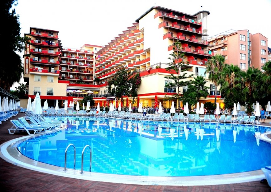 HOLİDAY PARK RESORT