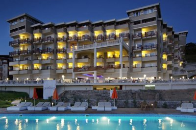 JUSTİNİANO DELUXE RESORT